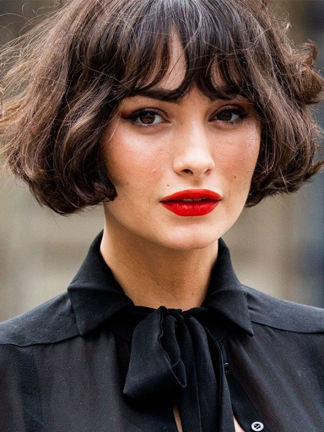 red lips with bangs